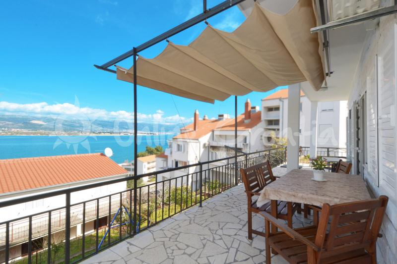 Apartment Ria 1 (Mastrinka)