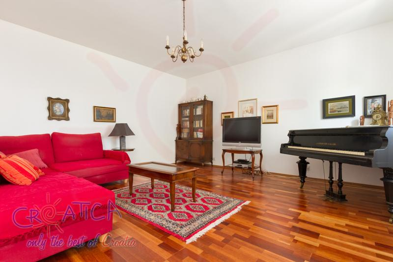 Apartment Lana (Holiday Rentals Croatia  > Trogir and Split area > Seget Donji) - View an enlarged image